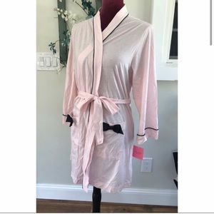 Kate Spade Short Robe with black trim & bow detail